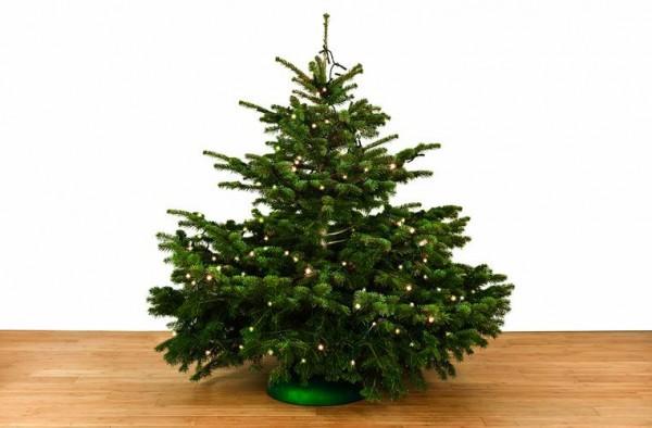 Dekorierter Weihnachtsbaum 1,5 m mit Lichterketten